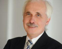 Gunter Sehy  Diplom-ÖkonomThema: BWL